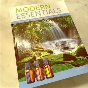 Other - Essential oil hardcover recipe book